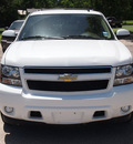 chevrolet suburban 2011 white suv lt 1500 flex fuel 8 cylinders 2 wheel drive automatic with overdrive 77864
