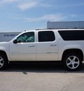 chevrolet suburban 2014 white diamond trico suv ltz 1500 flex fuel 8 cylinders 2 wheel drive 6 speed automatic 76266