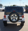 jeep wrangler unlimited 2013 white suv sahara gasoline 6 cylinders 4 wheel drive automatic 76108