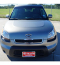 kia soul 2011 lt  gray hatchback h b gasoline 4 cylinders front wheel drive automatic 77587