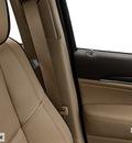 jeep grand cherokee 2014 suv overland gasoline 8 cylinders 2 wheel drive automatic 77375