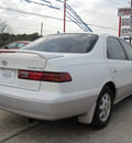 toyota camry 1999 white sedan gasoline 4 cylinders front wheel drive automatic 77379
