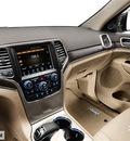 jeep grand cherokee 2014 suv overland gasoline 8 cylinders 4 wheel drive automatic 77375