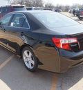 toyota camry 2014 black sedan se 4 cylinders 6 speed automatic 76053