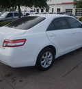toyota camry 2011 white sedan le v6 gasoline 6 cylinders front wheel drive automatic 76053