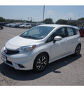 nissan versa note 2015 white hatchback s gasoline 4 cylinders front wheel drive automatic 76116