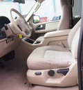 ford expedition 2006 gray suv xlt 8 cylinders automatic 77864