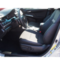 toyota camry 2014 silver sedan se 4 cylinders 6 speed automatic 77546