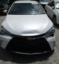 toyota camry le xle se xse